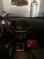 Picture of 2016 Jeep Cherokee Limited, interior