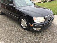 2000 Lexus LS 400 Picture Gallery