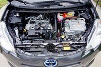 Picture of 2013 Toyota Prius c Four, engine