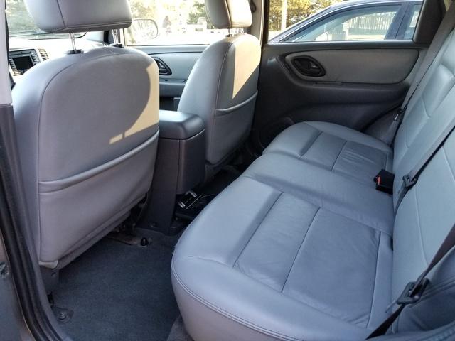 2006 ford escape hybrid interior pictures cargurus. Black Bedroom Furniture Sets. Home Design Ideas