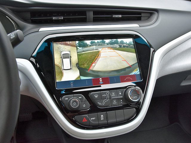 2017 Chevrolet Bolt EV surround view camera display, gallery_worthy