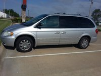 Picture of 2005 Chrysler Town & Country Limited