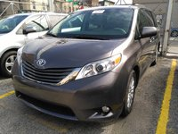 Picture of 2014 Toyota Sienna XLE 7-Passenger Auto Access Seat, exterior