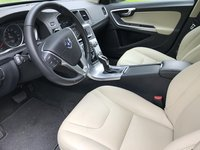 Picture of 2017 Volvo S60 T5 Dynamic, interior, gallery_worthy