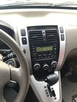 Picture of 2006 Hyundai Tucson GLS 4WD, interior