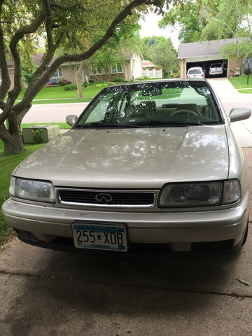 Picture of 1995 INFINITI G20 4 Dr STD Sedan