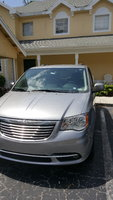 Picture of 2016 Chrysler Town & Country Touring-L