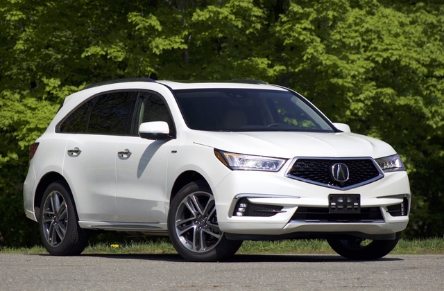 Exterior of the 2017 Acura MDX Sport Hybrid
