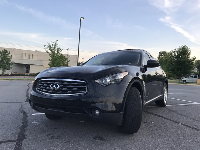 Picture of 2010 INFINITI FX35 Base