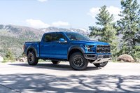 Picture of 2017 Ford F-150 SVT Raptor SuperCrew 4WD, exterior, gallery_worthy