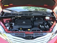 Picture of 2015 Toyota Sienna Limited 7-Passenger Premium, engine