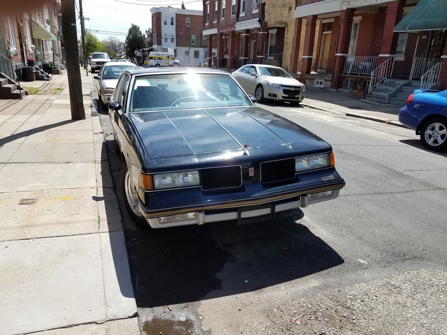 Picture of 1987 Oldsmobile 442