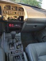 Picture of 1999 Isuzu Trooper 4 Dr S 4WD SUV, interior