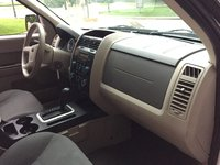 Picture Of 2008 Ford Escape XLS 4WD, Interior, Gallery_worthy
