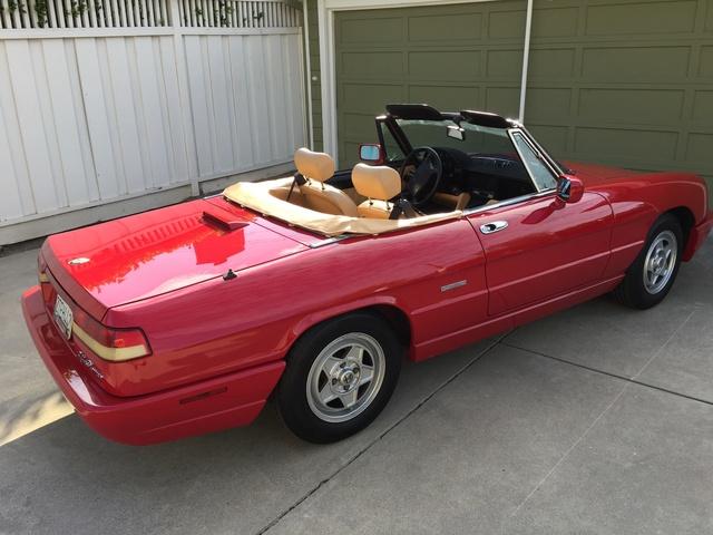 Picture of 1991 Alfa Romeo Spider