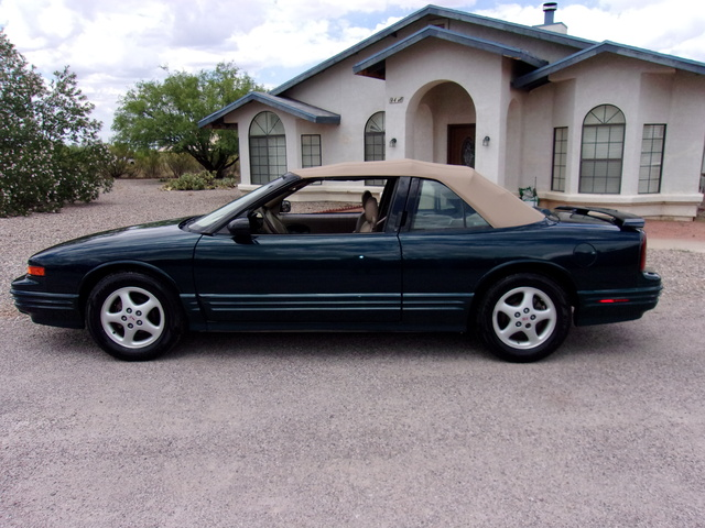 Picture of 1995 Oldsmobile Cutlass Supreme 2 Dr STD Convertible