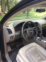 Picture of 2011 Audi Q7 S Line, interior