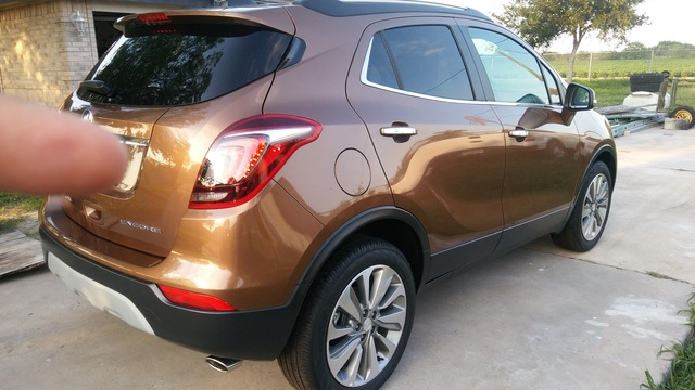 Picture of 2017 Buick Encore Preferred II FWD, exterior, gallery_worthy