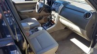 Picture of 2009 Suzuki Grand Vitara Luxury, interior, gallery_worthy