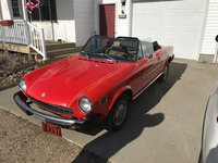 1976 FIAT 124 Spider Picture Gallery
