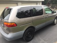 Picture of 1999 Toyota Sienna 3 Dr CE Passenger Van, exterior