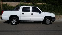 Picture of 2005 Chevrolet Avalanche 1500 LS, exterior