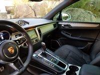 Picture of 2015 Porsche Macan S