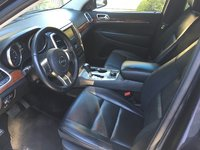 Picture of 2013 Jeep Grand Cherokee Limited 4WD