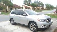 Picture of 2014 Nissan Pathfinder Platinum, exterior