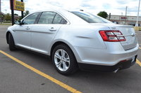 Picture of 2015 Ford Taurus SEL