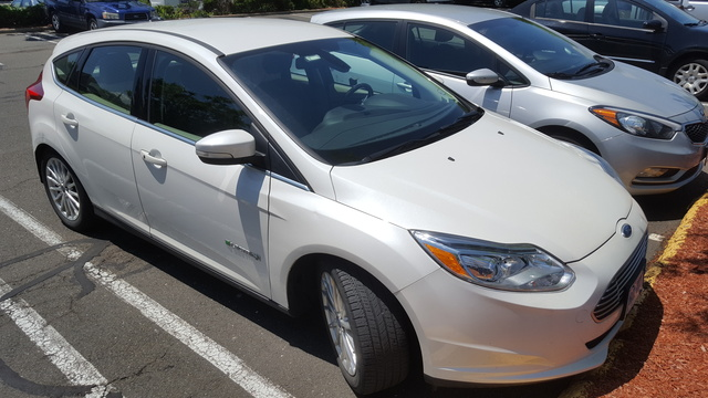 Picture of 2012 Ford Focus Electric Hatchback