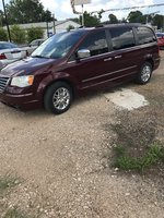 Picture of 2008 Chrysler Town & Country Limited