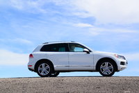 Picture of 2012 Volkswagen Touareg VR6 Executive