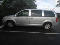 Picture of 2008 Chrysler Town & Country LX