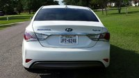 Picture of 2013 Hyundai Sonata Hybrid Base