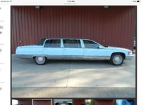 Picture of 1996 Cadillac Fleetwood Base Sedan