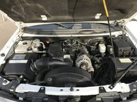 Picture of 2004 Buick Rainier CXL, engine