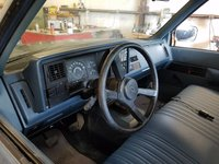 Picture of 1988 Chevrolet C/K 3500 Silverado Standard Cab LB, interior, gallery_worthy
