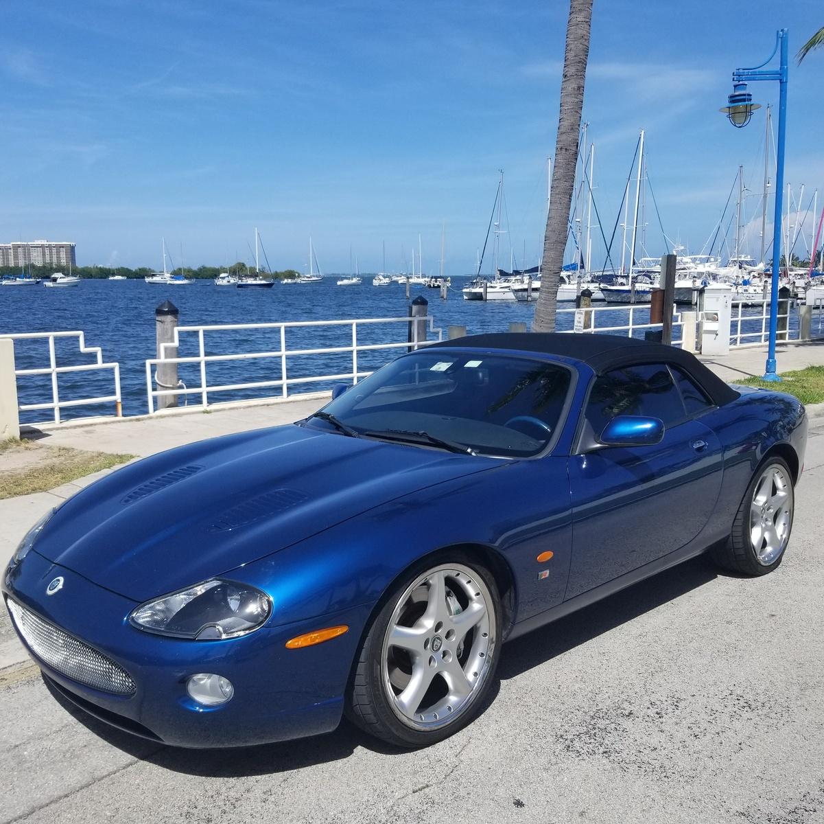 Jaguar Xk Convertible: 2004 Jaguar XK-Series