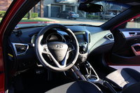 Picture of 2016 Hyundai Veloster DCT, interior
