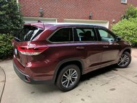 Picture of 2017 Toyota Highlander XLE, exterior, gallery_worthy