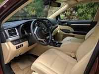 Picture of 2017 Toyota Highlander XLE, interior