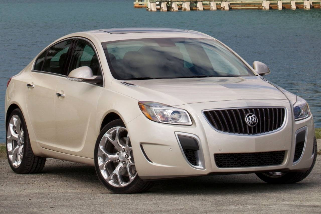 car photo review and gs prototype drive driver s buick reviews regal original