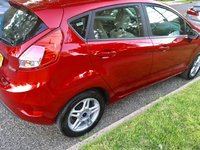 Picture of 2017 Ford Fiesta SE Hatchback, exterior