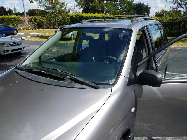 Picture of 2005 Mazda MPV ES