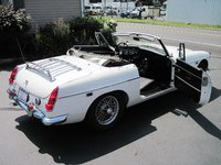 1969 MG MGB Roadster Picture Gallery