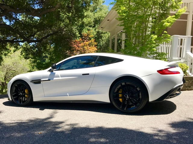 Picture of 2015 Aston Martin Vanquish Coupe