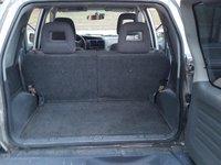 2002 Chevrolet Tracker Interior Pictures Cargurus