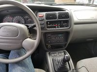 Picture of 2002 Chevrolet Tracker Base, interior, gallery_worthy