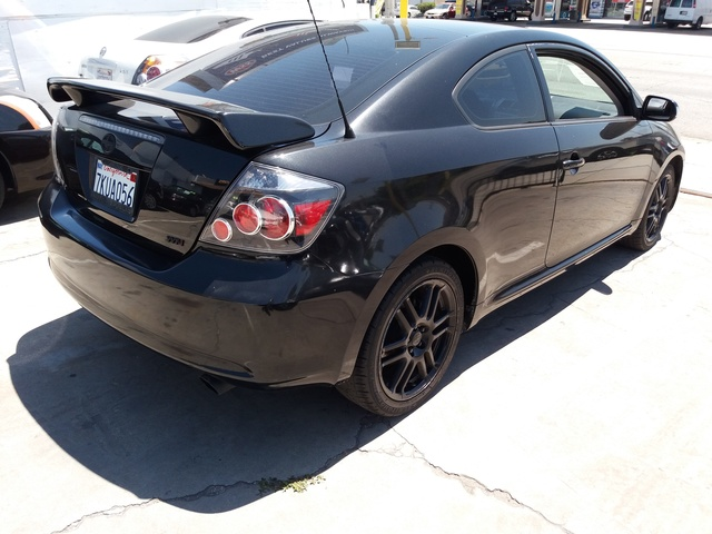 Foto de un 2010 Scion tC